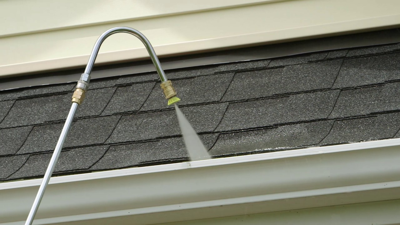 pressure washing gutters in {{location}}