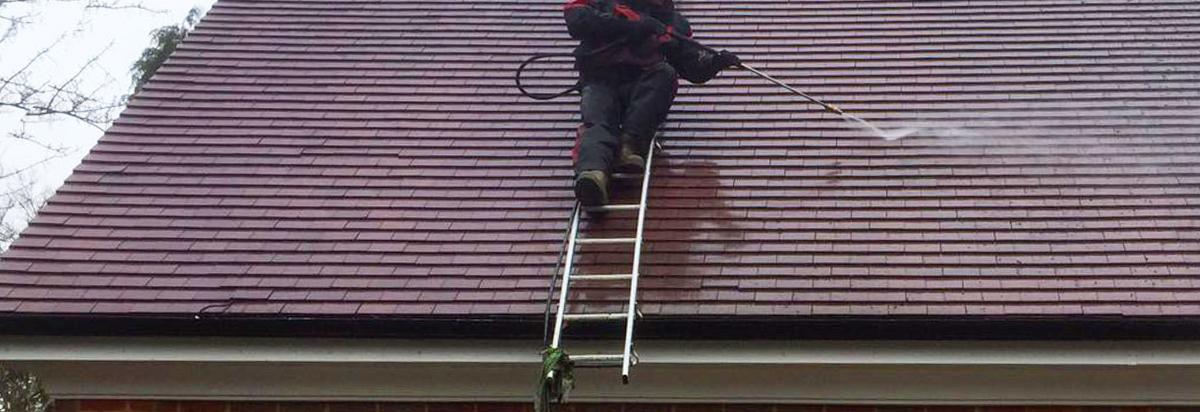 pressure washing roofs
